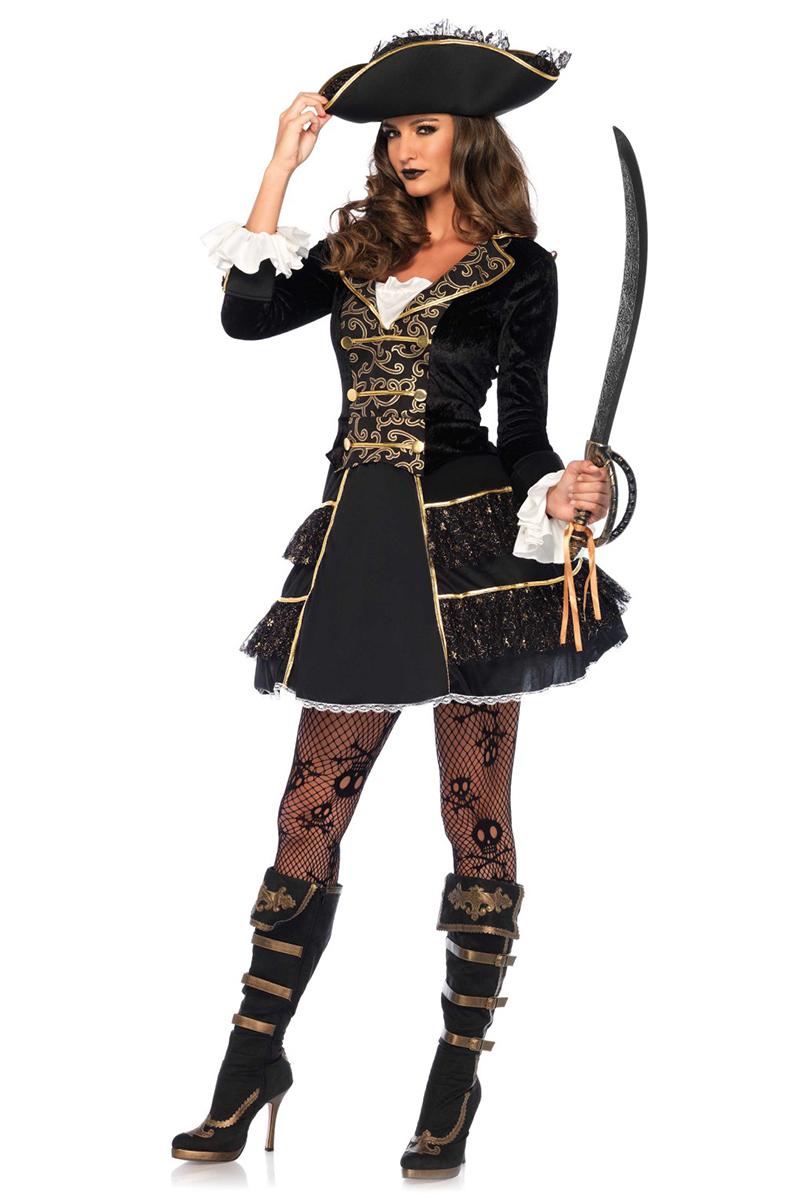 Dräkt, Piratkaptensklänning